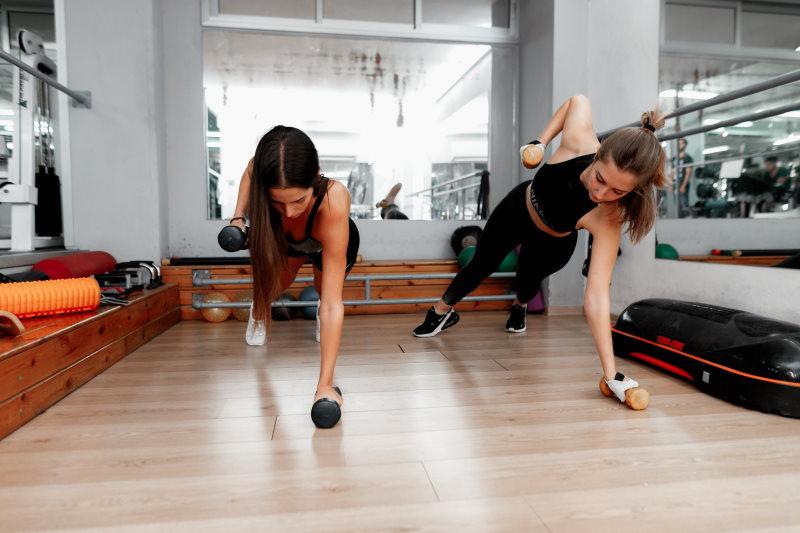 פיתוח גוף לנשים בחדר כושר הרצליה